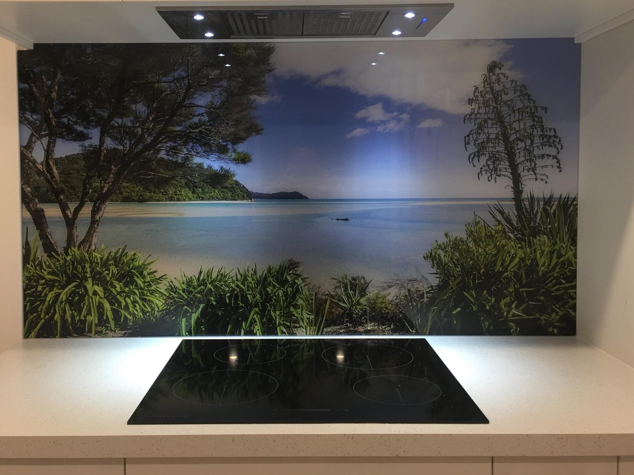 LED-kitchen-splashback.jpg