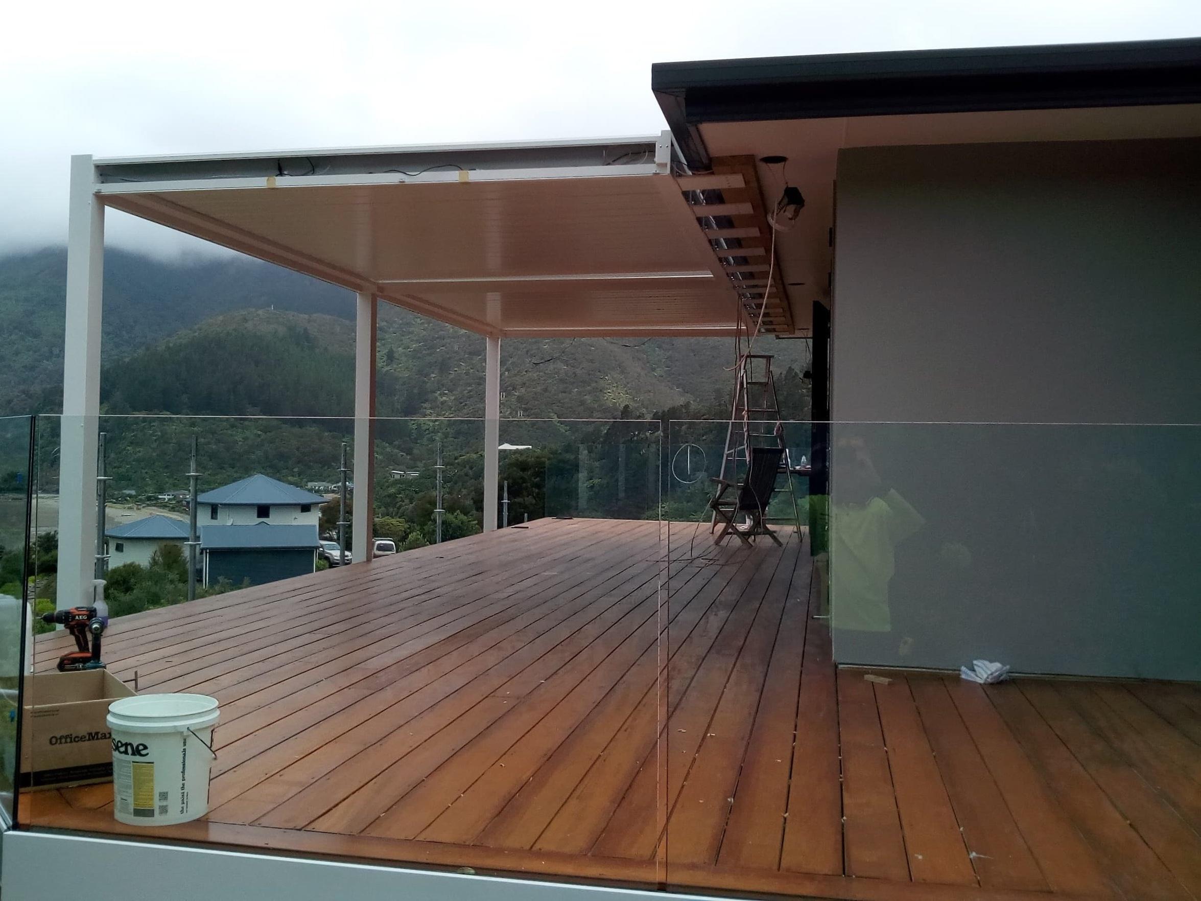 glass-frameless-balustrade.jpg
