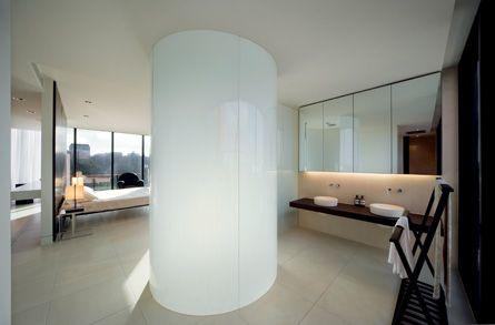 Curved-glass-shower.jpg