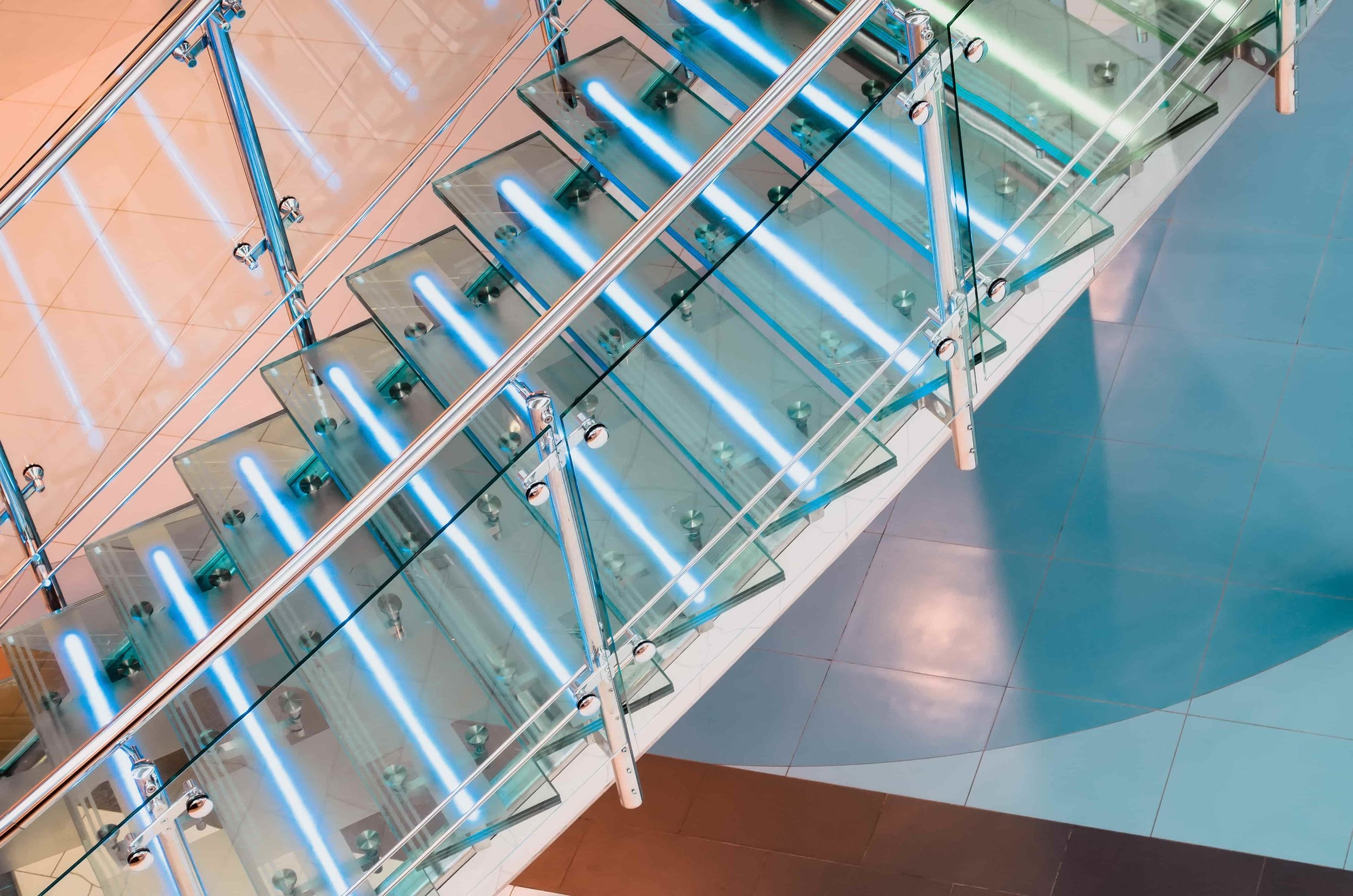 LED-glass-stairs.jpg