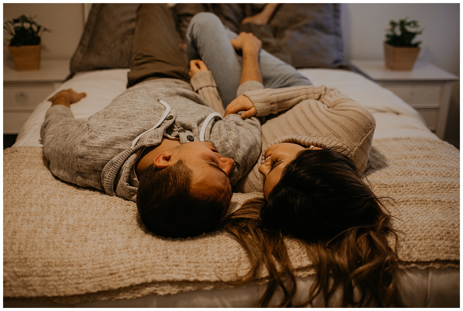 in-home-couples-session-jacksonville-florida_0012.jpg