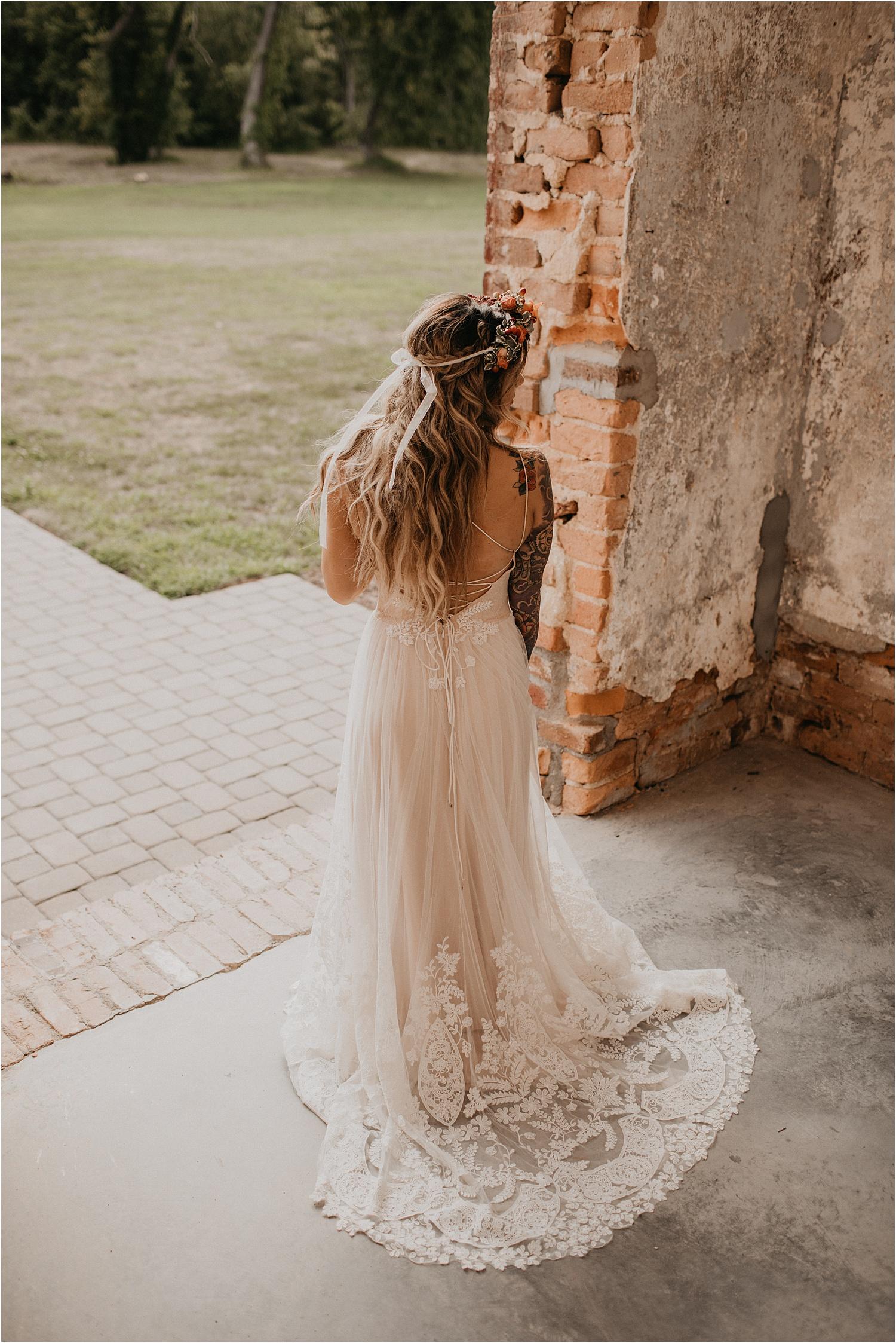 the-providence-cotton-mill-wedding-charlotte-north-carolina_1104.jpg