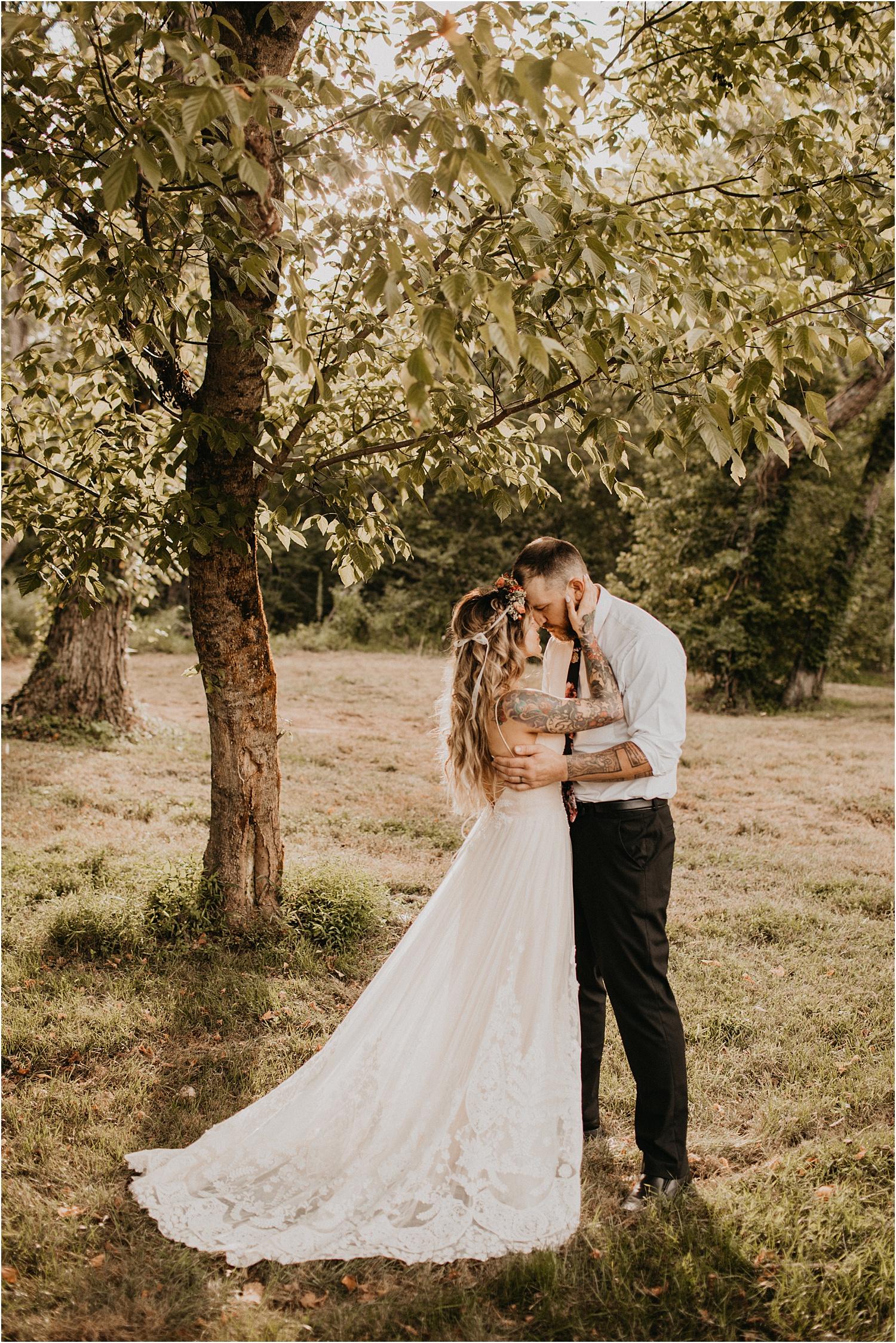 the-providence-cotton-mill-wedding-charlotte-north-carolina_1105.jpg