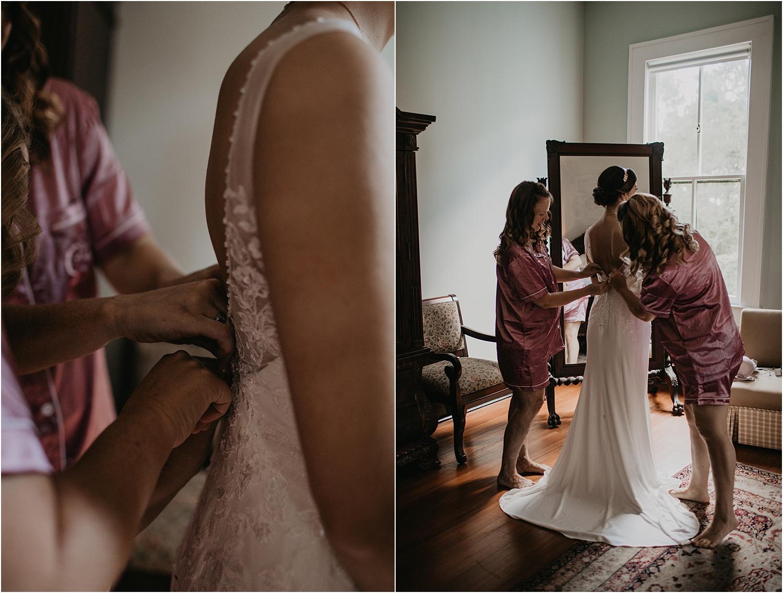 the-providence-cotton-mill-wedding-charlotte-north-carolina_1115.jpg