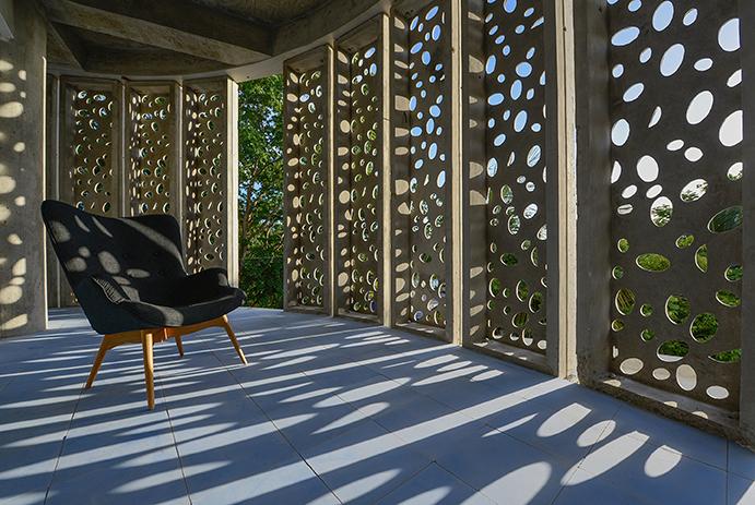 6 El Blok balcony w chair.jpg