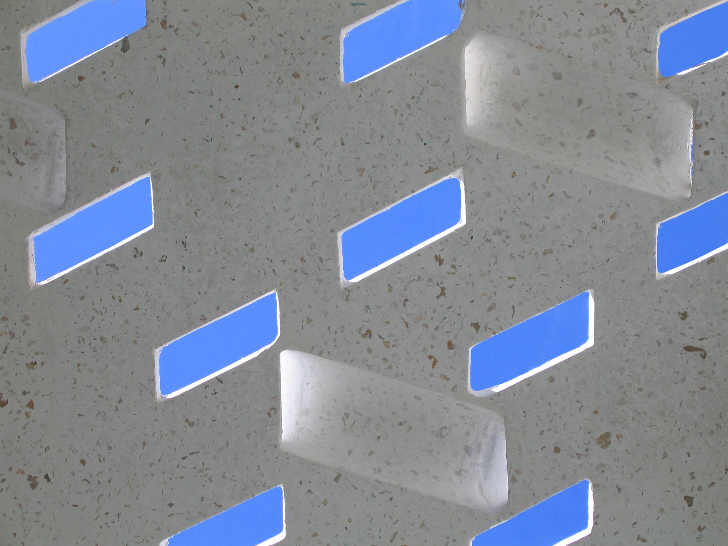 casa delpin fuster architects detal grc prefab panel light.JPG