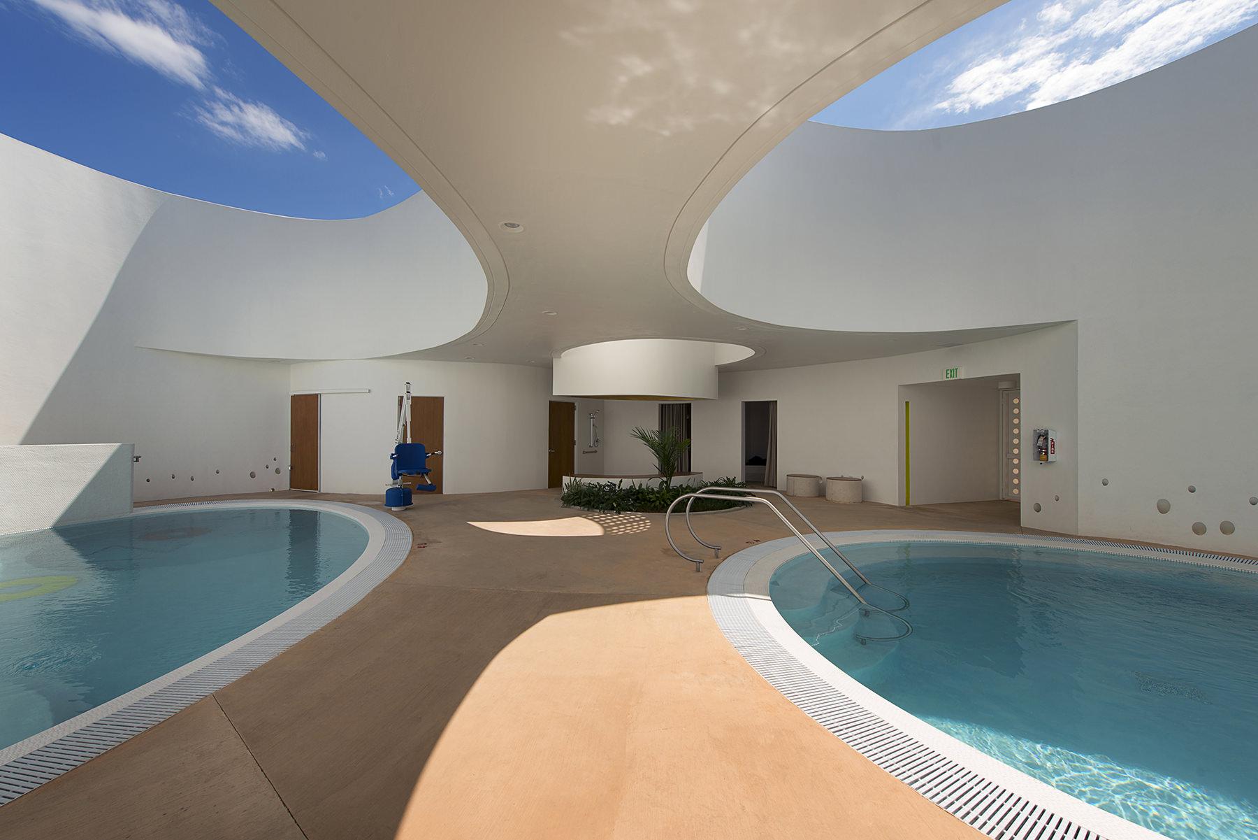 piscinas terapeuticas la esperanza san juan puerto rico interior view.jpg