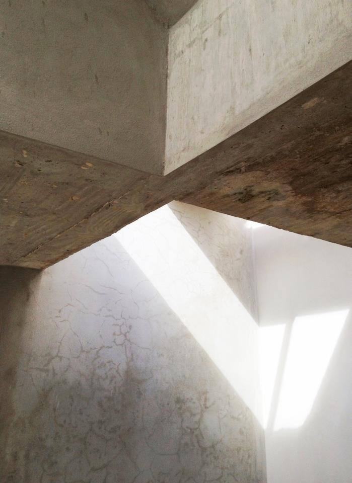 Casa Zen interior light Fuster Architects.jpg