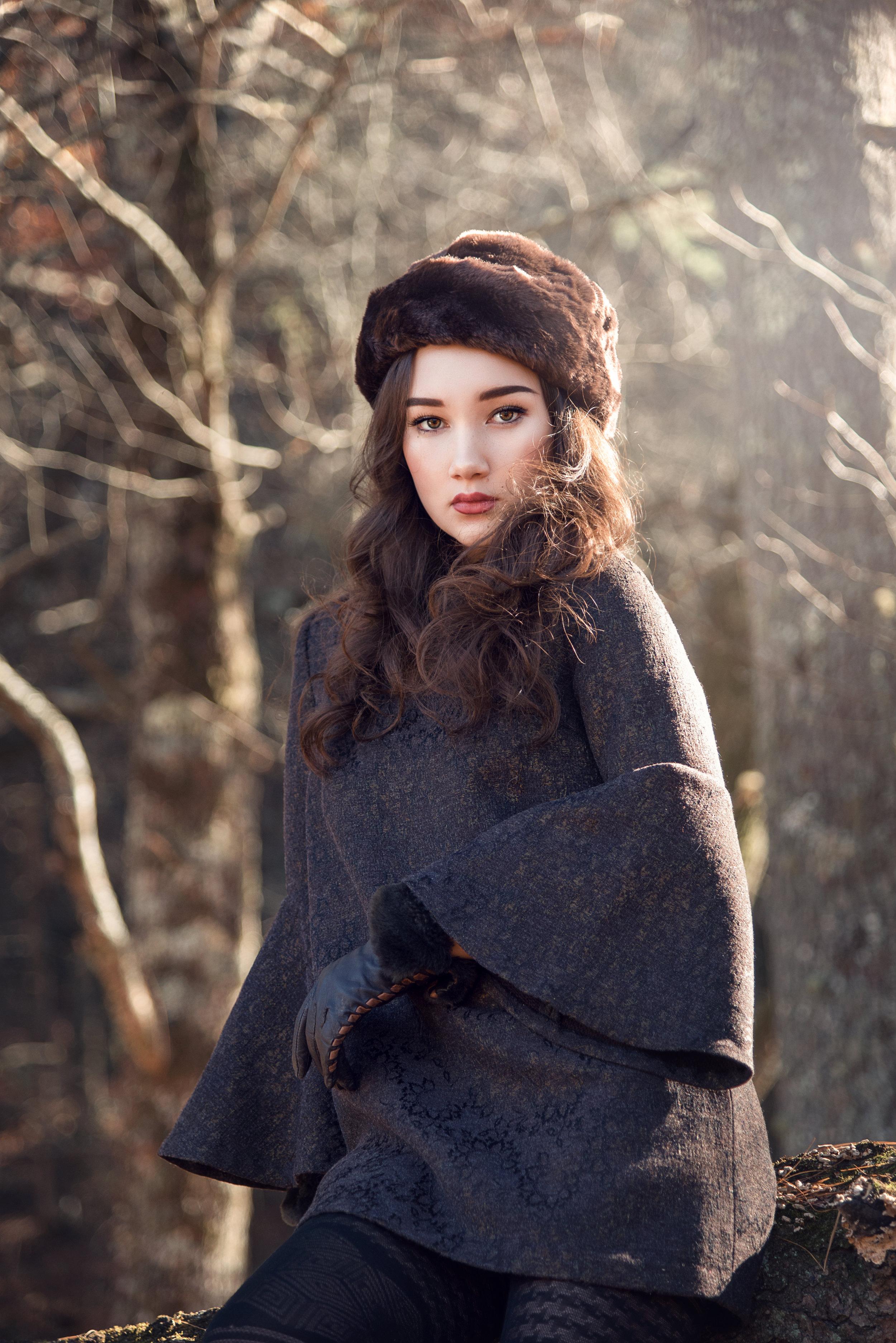 AK Holiday '17 - Angela Kim Designs-Asheville, N.C. (Model-Aislin Freya Pax)