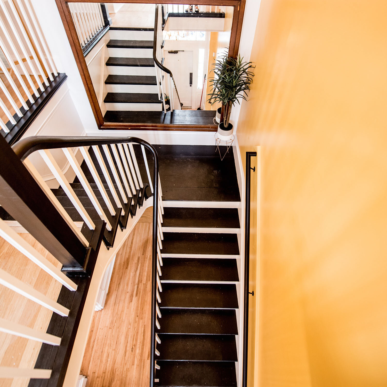 stairs-restaurant-good-burlington.jpg