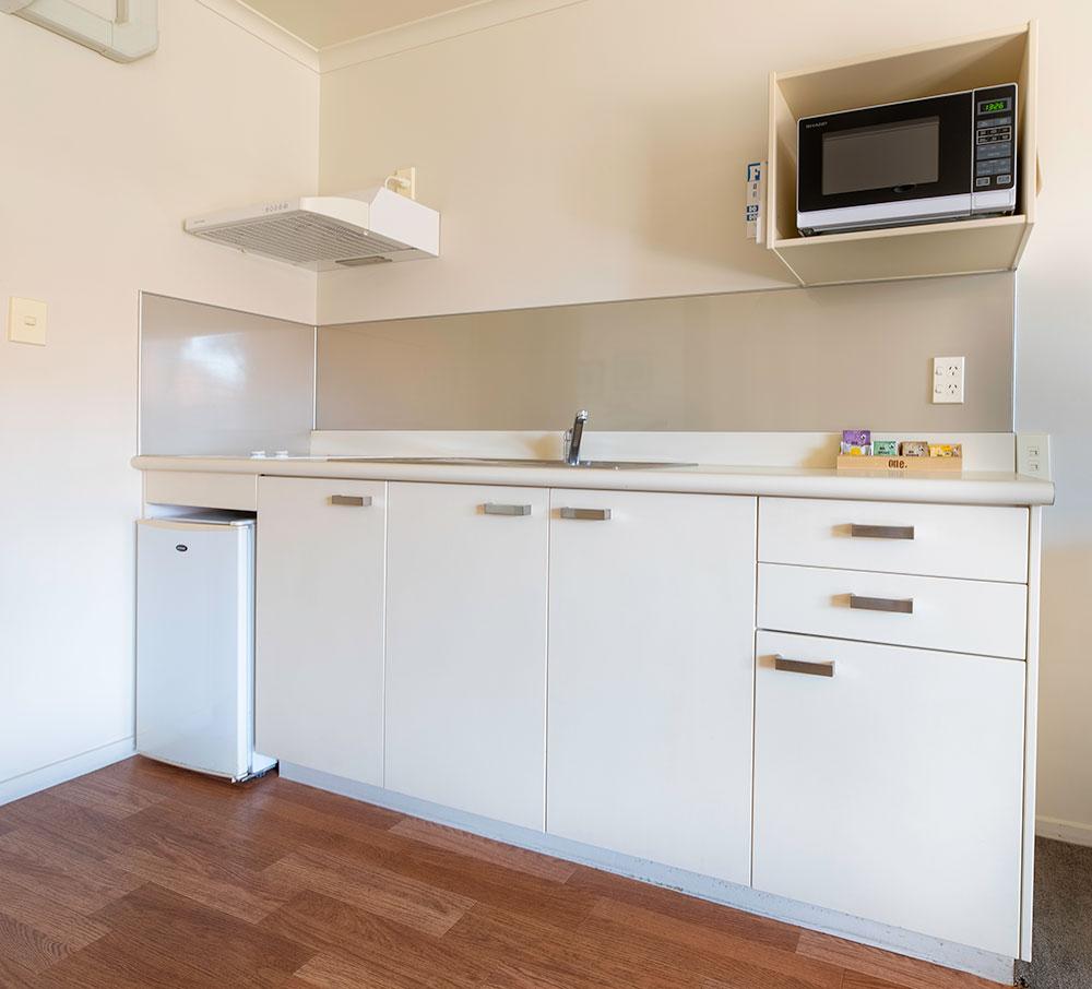 twinstudio-kitchen.jpg