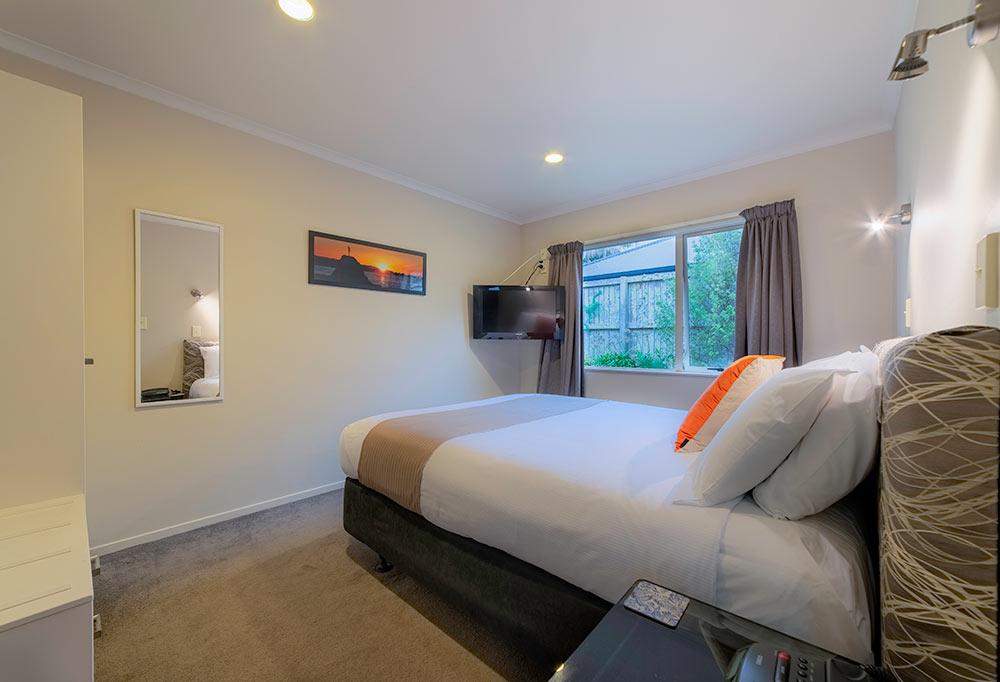 One-Bedroom-Suites.jpg