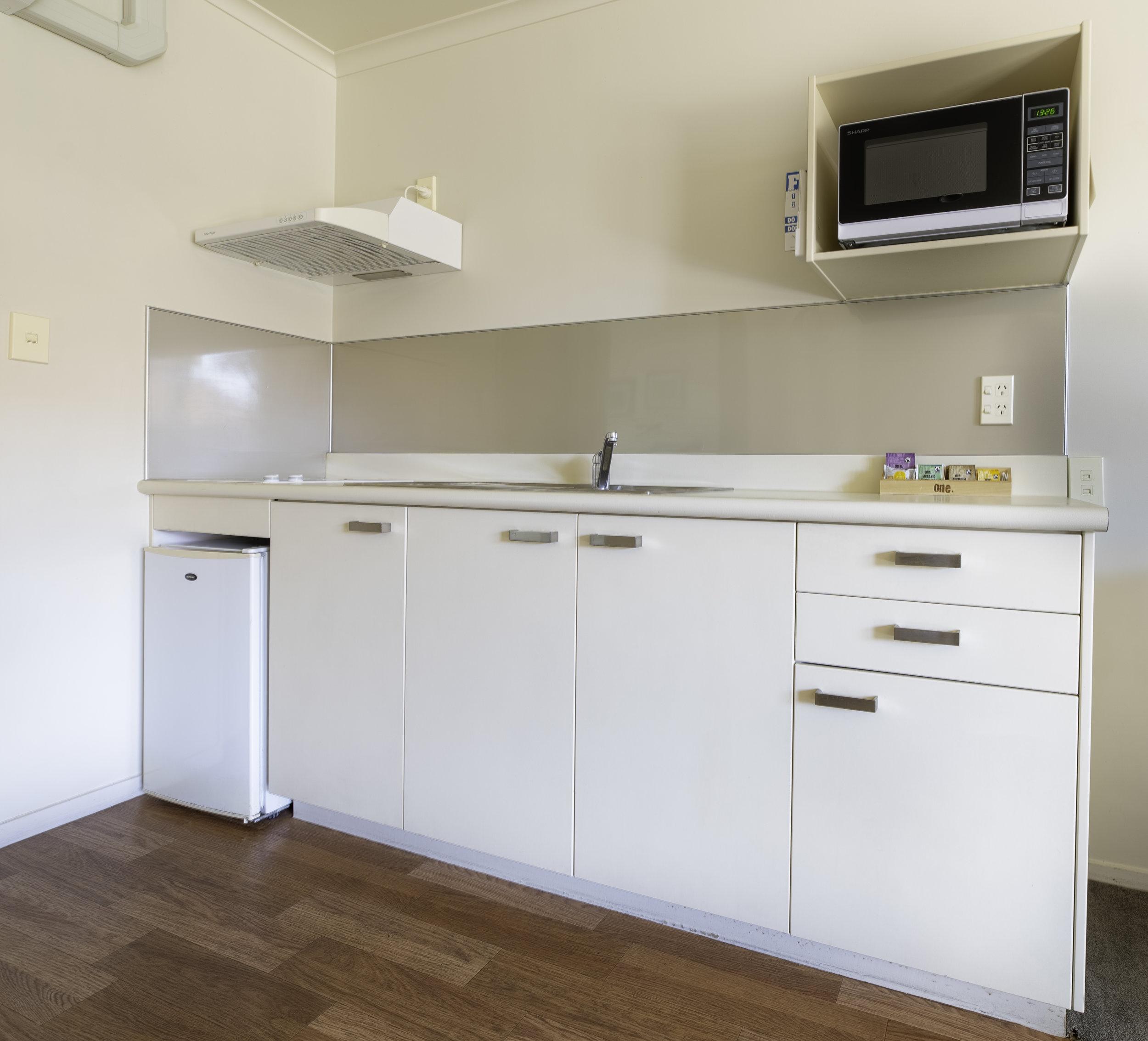 room2 kitchen.jpg