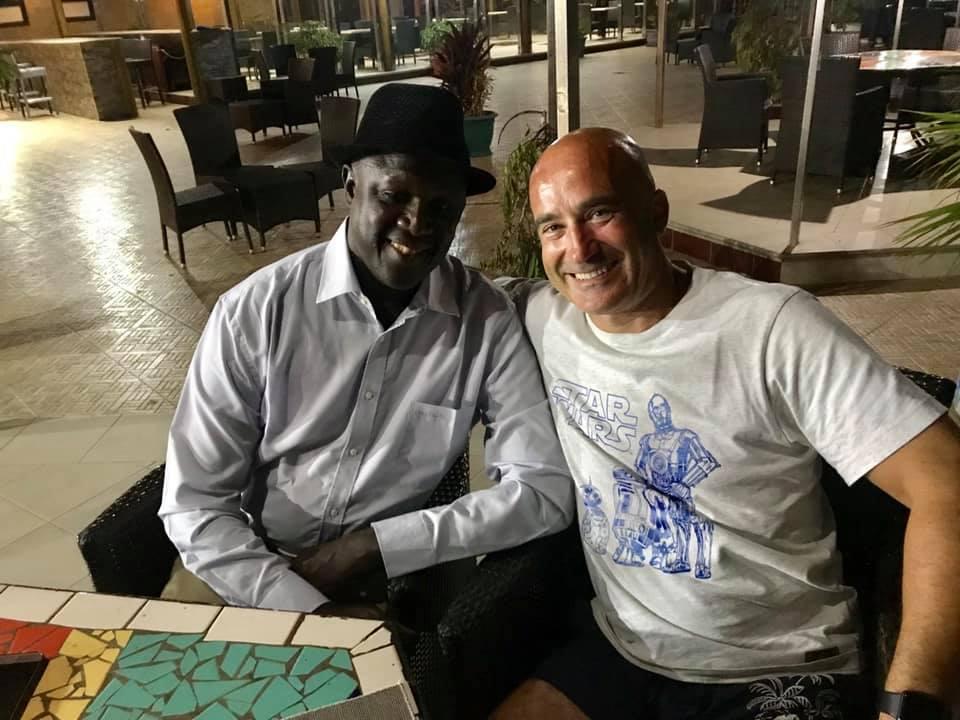 """- """"Avec mon Frère Mamadou Karamba Kaba le chirurgien qui redonne un sourire aux enfants 406 opérations en deux ans, merci pour tout ce que tu fais pour eux et pour la Guinée..."""""""