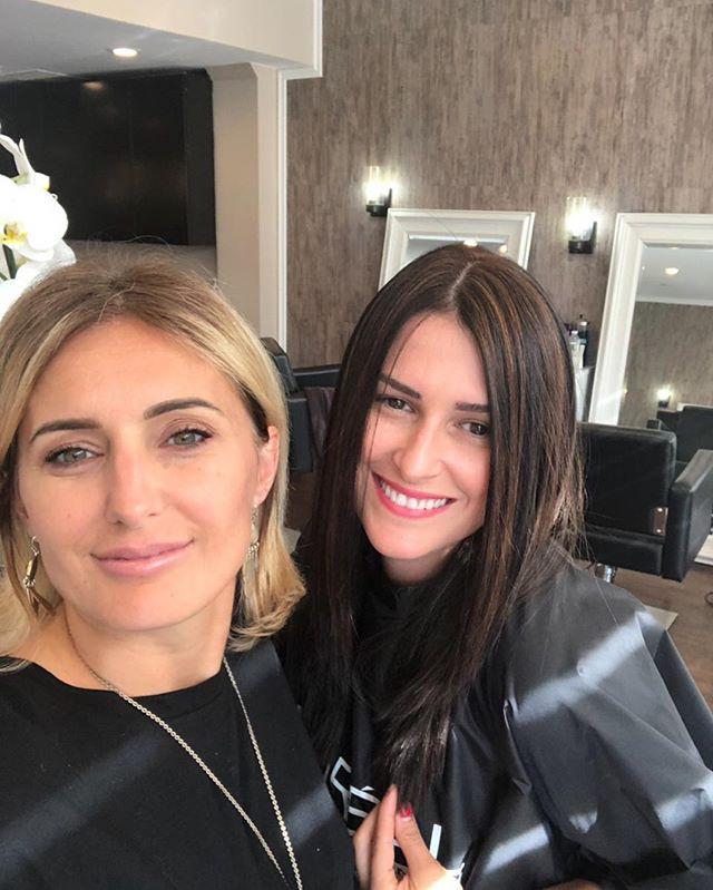 Business x Pleasure❤️ #greenwichhairsalon #greenwichmakeup #bestfriends #hairstyle #haircolor #lovemyjob #FullHeadOfHighlights #albanianartist #BrazilianBlowout #CathyAndJudeMonth #HaircutNeeded #Greenwich #WhenIsStylistedThatIThoughtAnna @florakovaci @lleokovaci @edonanyc @arta_b77