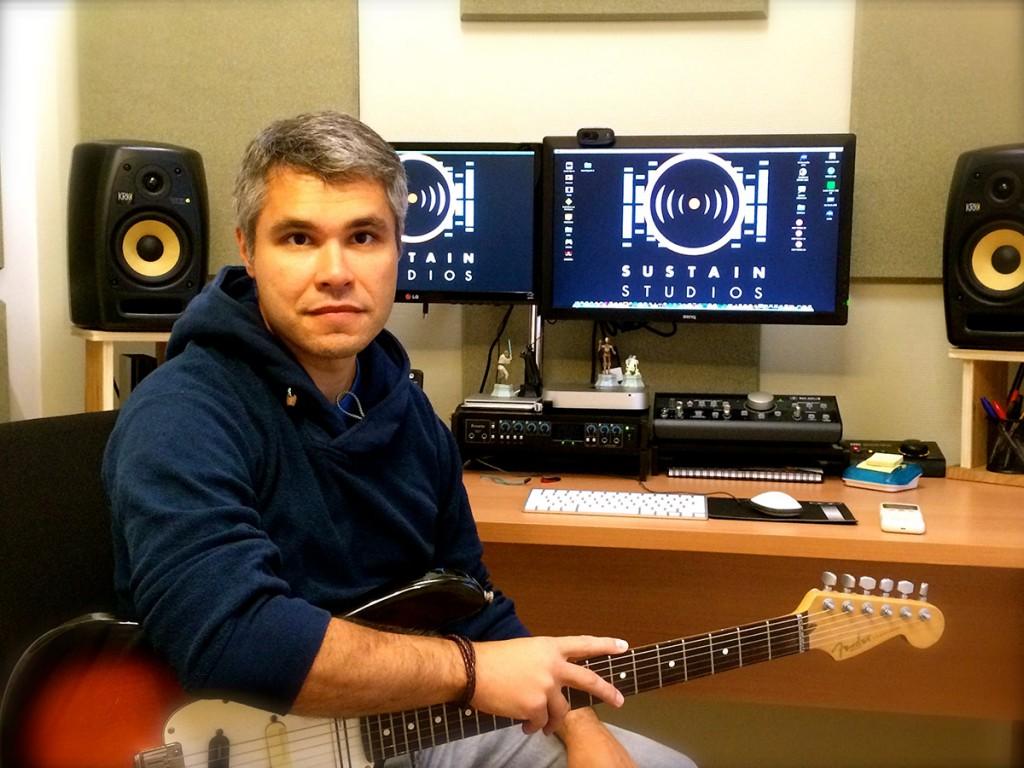 Rogerio Maudonnet em seu atual estúdio
