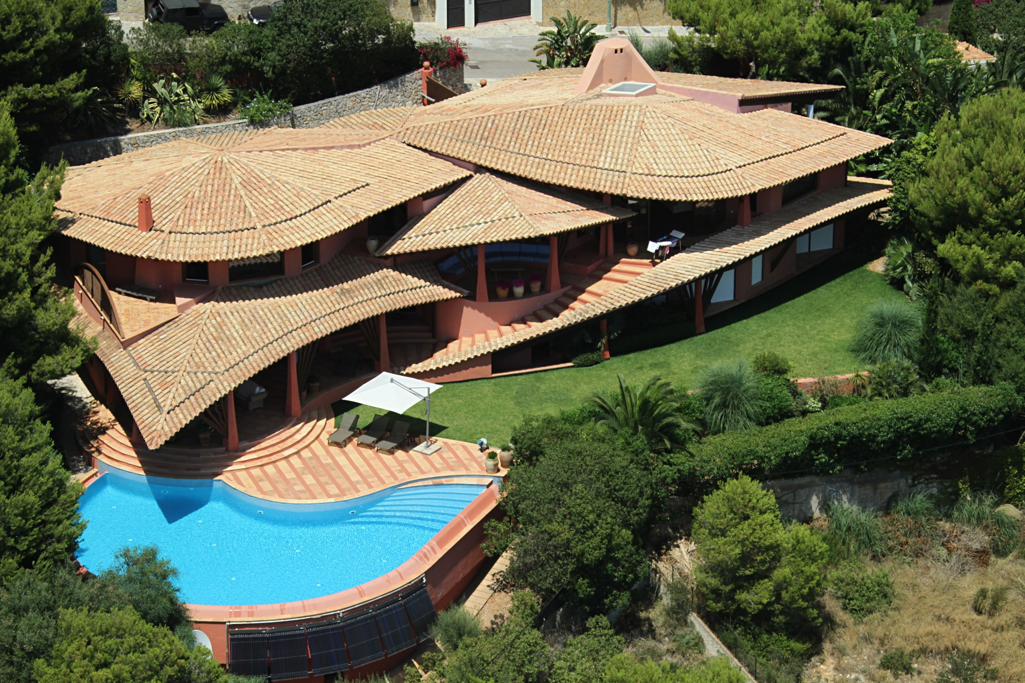 ARUB Aerials - Costa Blanes 01.jpg
