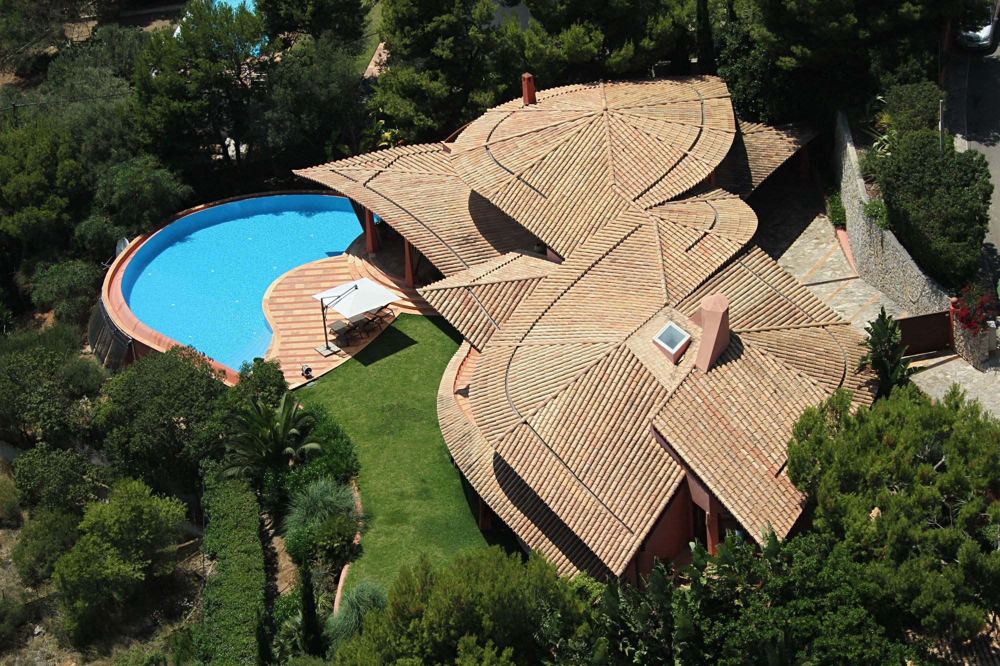 ARUB Aerials - Costa Blanes 01c.jpg