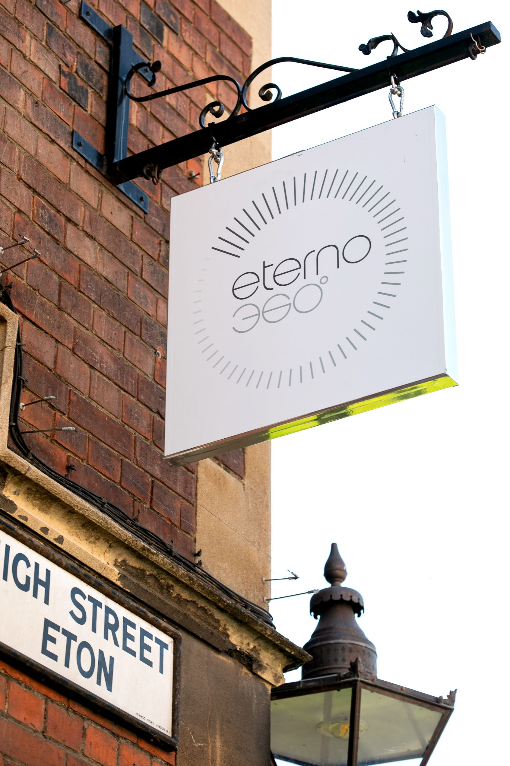 eterno 360 non-surgical cosmetic treatments eton berkshire.jpg