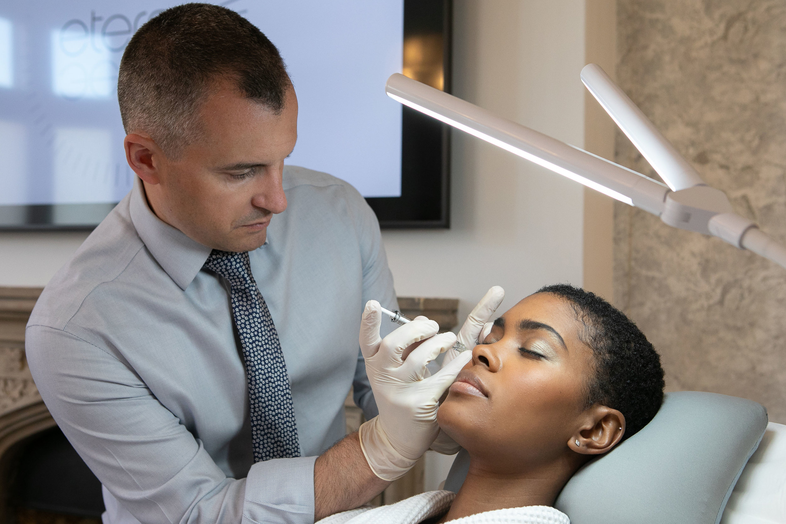key treatment areas - Platelet Rich Plasma treatments target hair loss, stretch marks, acne, post acne scars, pigmentation, dark circles, saggy and loose skin, tired and aged skin, sun damage and scars.