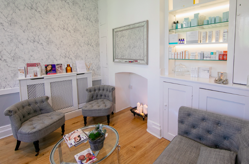 CONSULTATIONS WITH AESTHETIC NURSE JENNA BARCLAY | free - Prior to commencing any aesthetic treatments, we recommend a thorough skin assessment with one of our highly trained specialists. Our patient's motivations, concerns and expectations will be established and our practitioner will work with you to create a customised treatment plan that aligns with your personal goals.