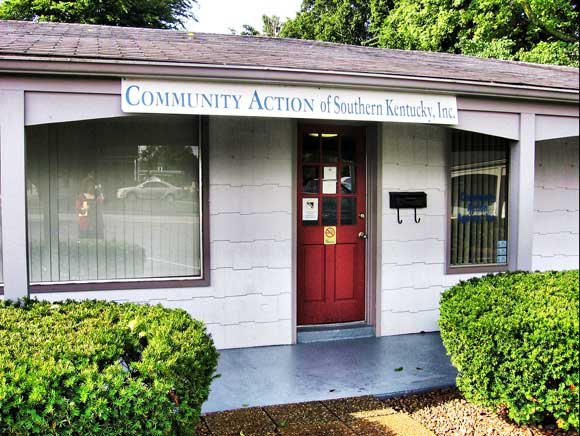 Community Services  727 North Main St., Suite 2 PO Box 87 Franklin, KY 42135
