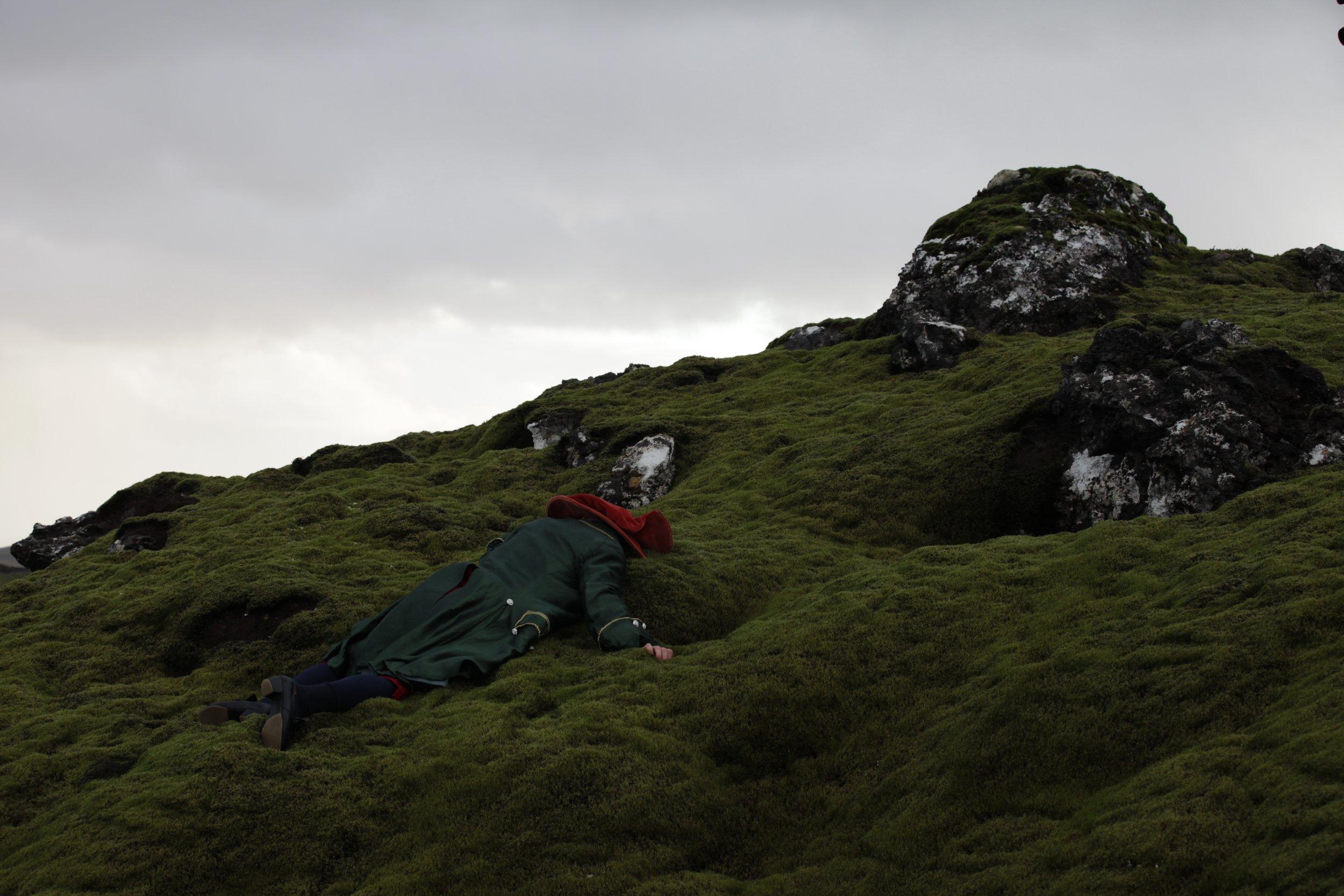 02 HnM - Performance Kilián Ignác D. Iceland 2016.jpg