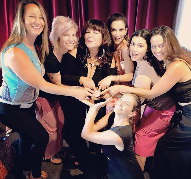 WOW WOW 💥 Such LOVE and RESPECT for these bad-ass brilliant teachers 👏🏼 To be successful, you must gather your tribe of allies and mentors, because when you're on a mission, there is No Such Thing as competition 💃🏼✨ Gathered at the epically bodacious @thepamelamadsen 's #backtothebody workshop. 🌸 . @thepamelamadsen  @sexwithemily  @sexualempowerment  @embodyworkla  @evaclay