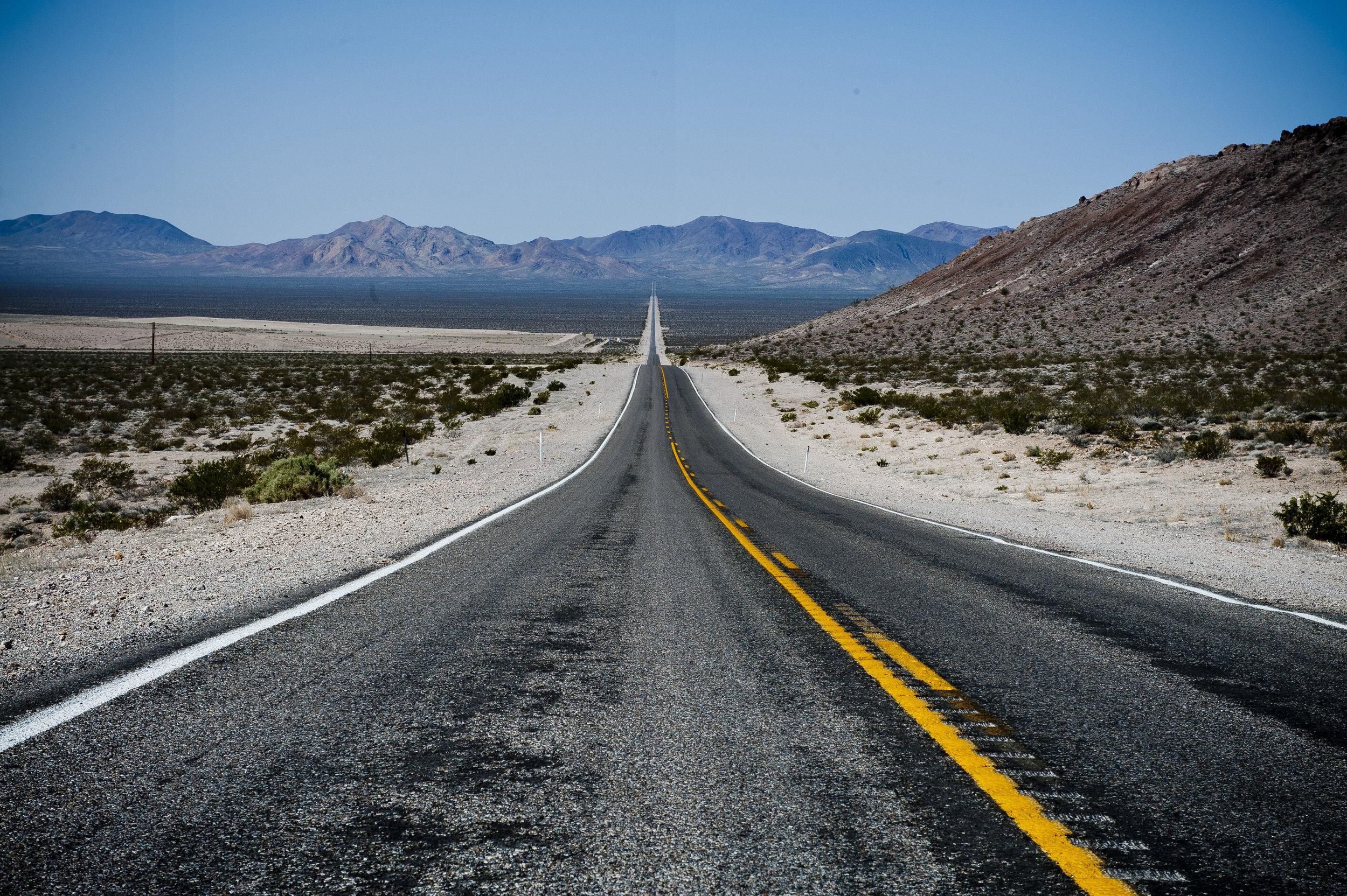 Death Valley-Longest Road.jpg