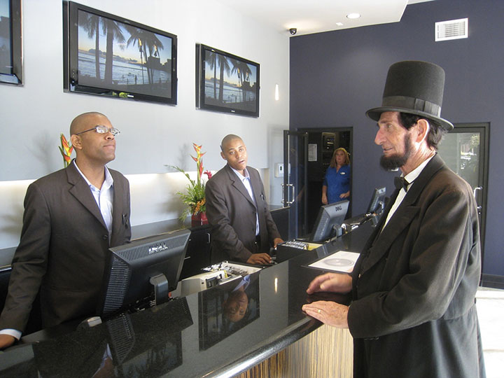peck_in_hotel_lobby.jpg