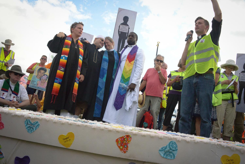 #SolidarityWalk Pilgrimage to Dover Saturday ©Karen Elliott Greisdorf KEG_4468.jpg