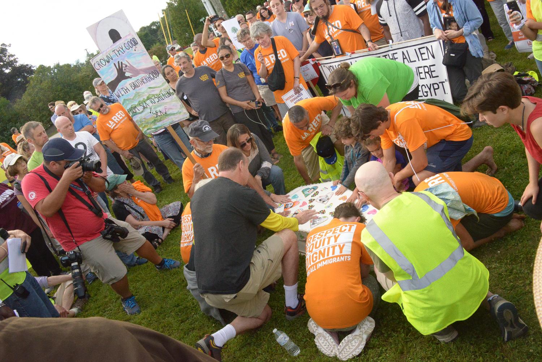 #SolidarityWalk Pilgrimage to Dover Saturday ©Karen Elliott Greisdorf KEG_4421.jpg
