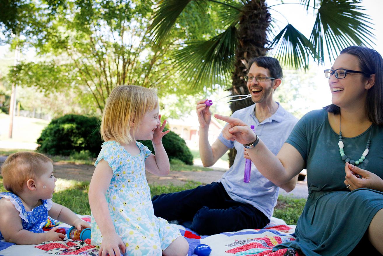 documentary-family-bubbles-mini-session-oxford-ms.jpg
