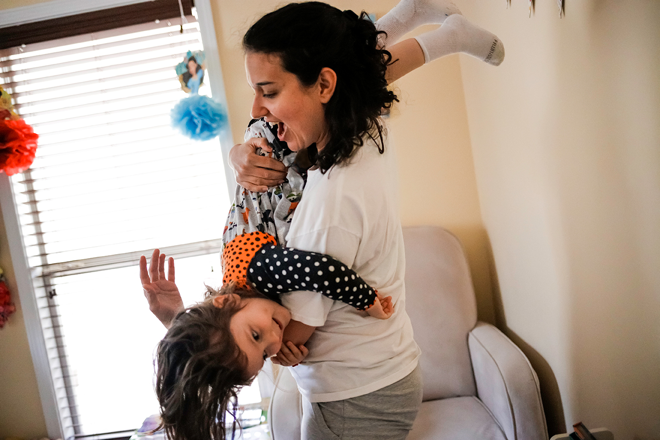day-in-the-life-family-session-upside-down-mom-daughter-north-ms.jpg