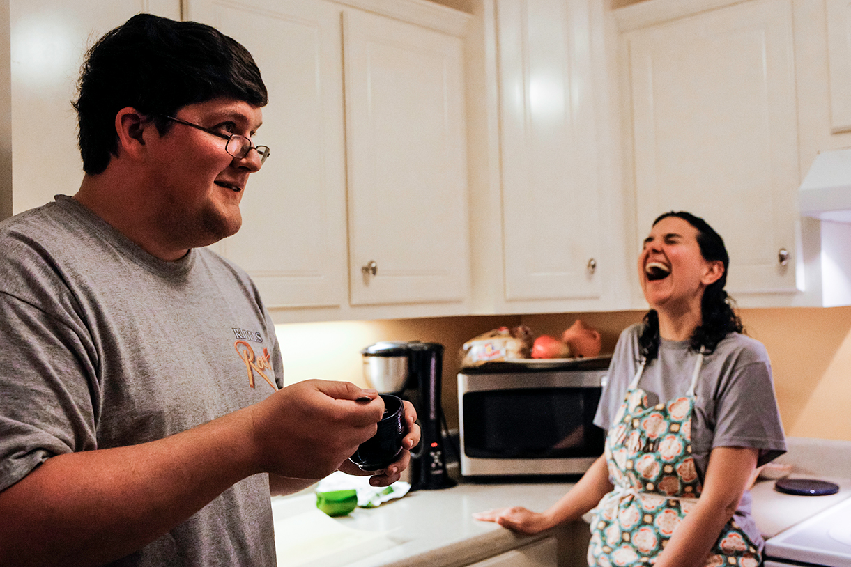 session-family-documentary-parents-laughing-oxford-mississippi.jpg