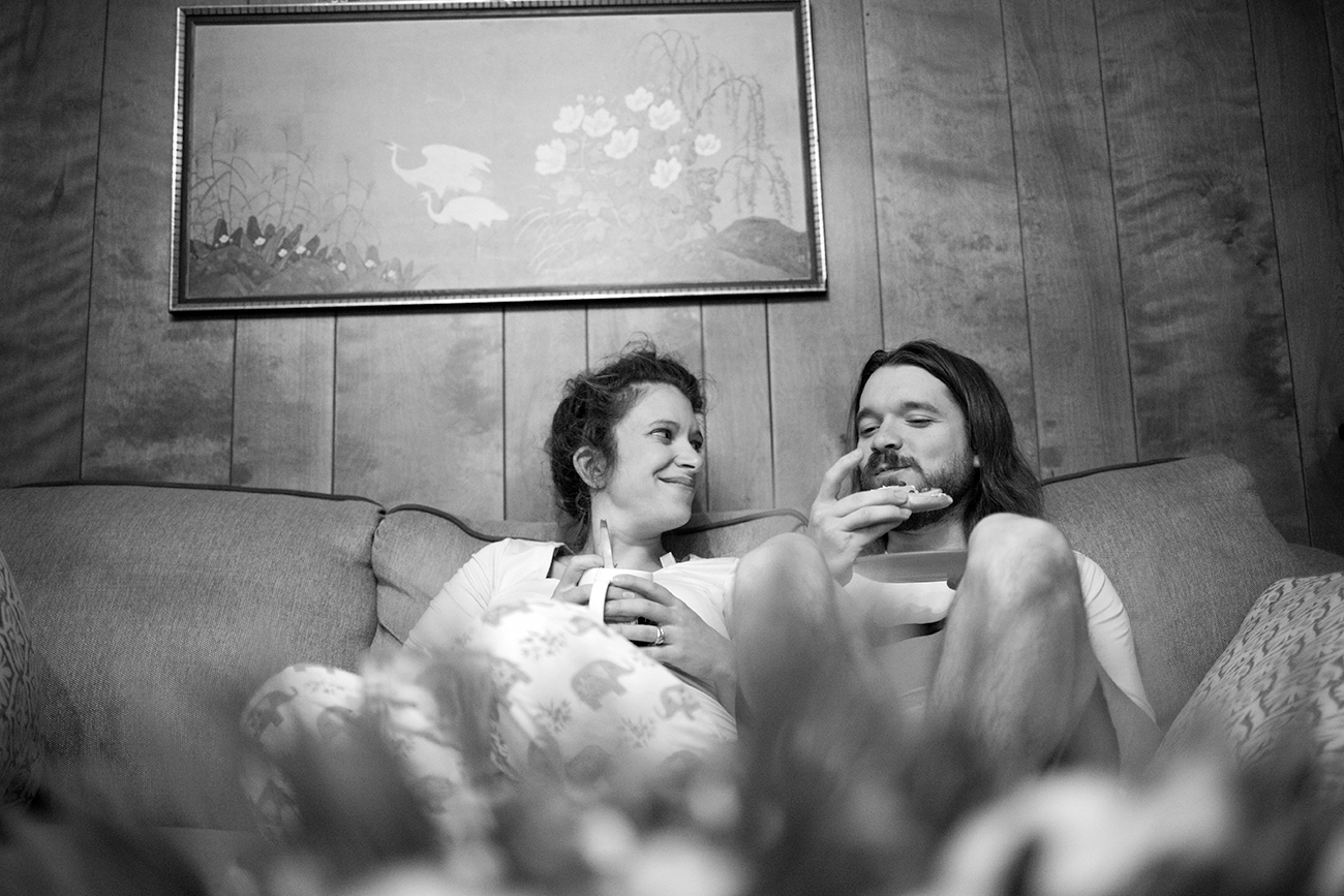 documentary-maternity-photo-morning-breakfast-clarksdale-mississippi.jpg