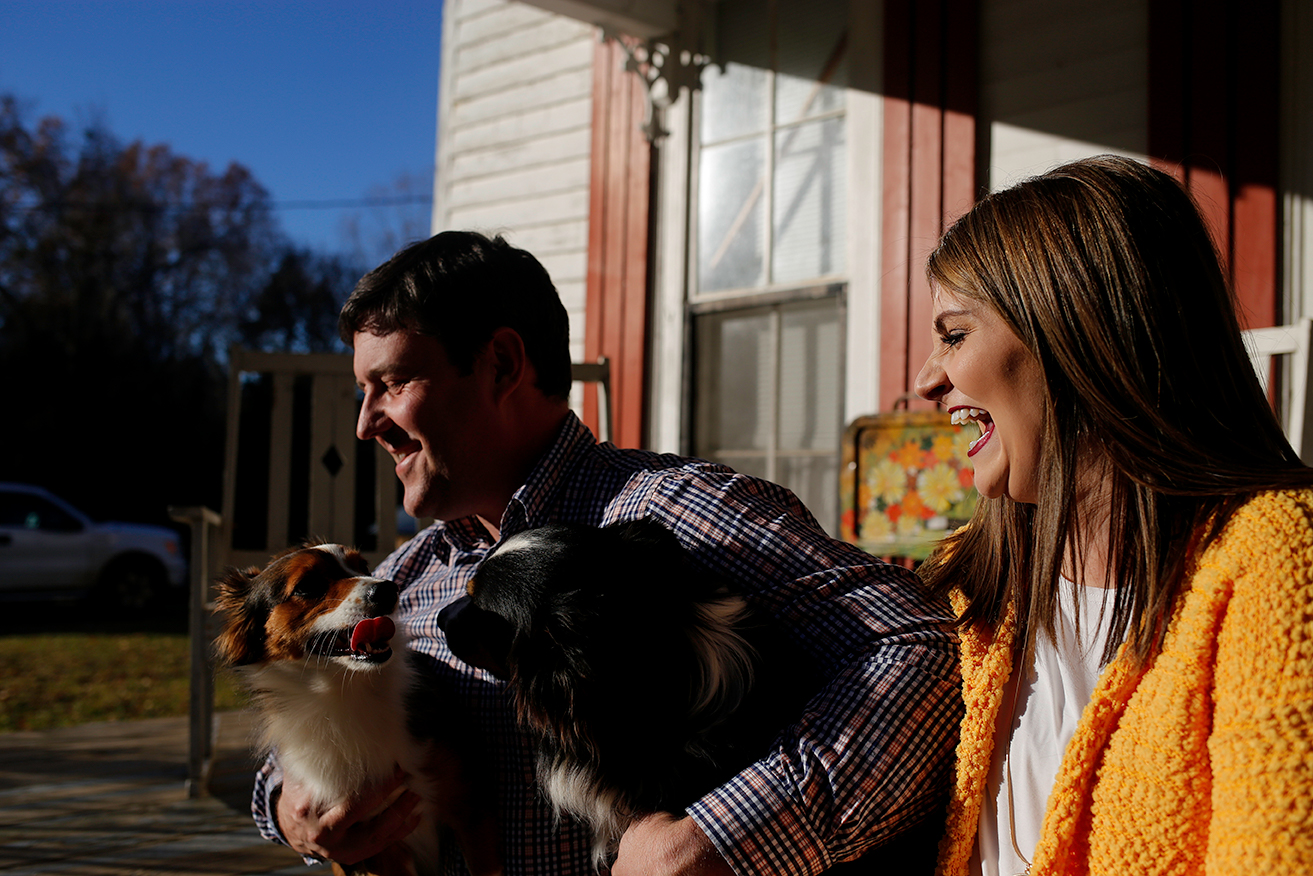 dogs-and-couple-laughing-mini-session-family-documentary-photography-north-mississippi.jpg