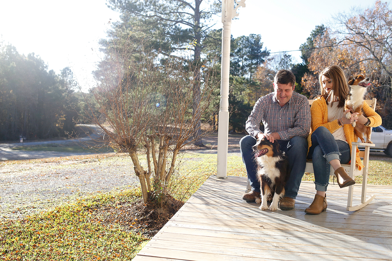 dogs-and-couple-on-porch-mini-session-family-documentary-photography-north-mississippi.jpg