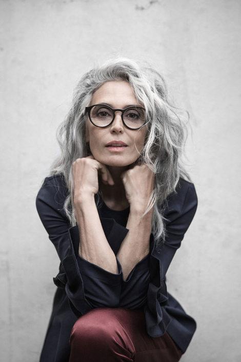 women-grey-hair-glasses-editorial-commercial-beautiful-spain-milva-mother-classy-470x705.jpg