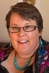 Yenn Purkis   Autistic Author   Expertise:  Autism & Employment   Yenn's Personal Site