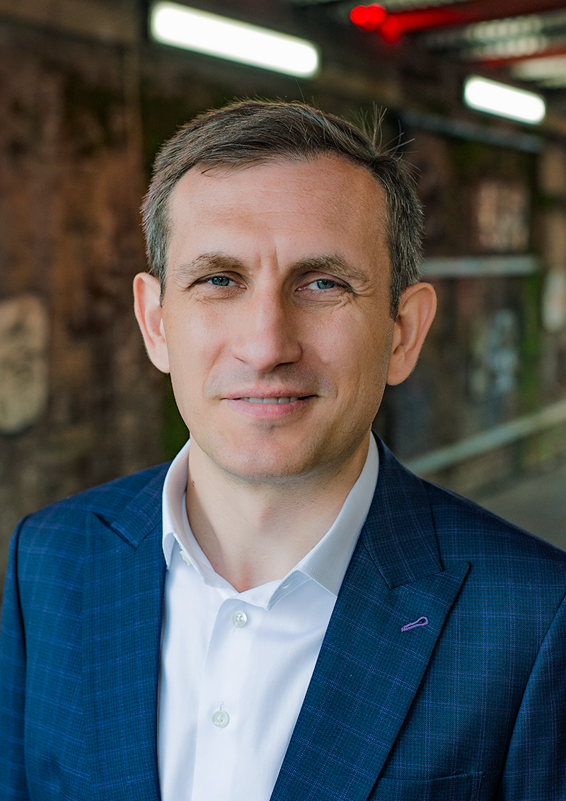 London Businessman Marcin Headshot