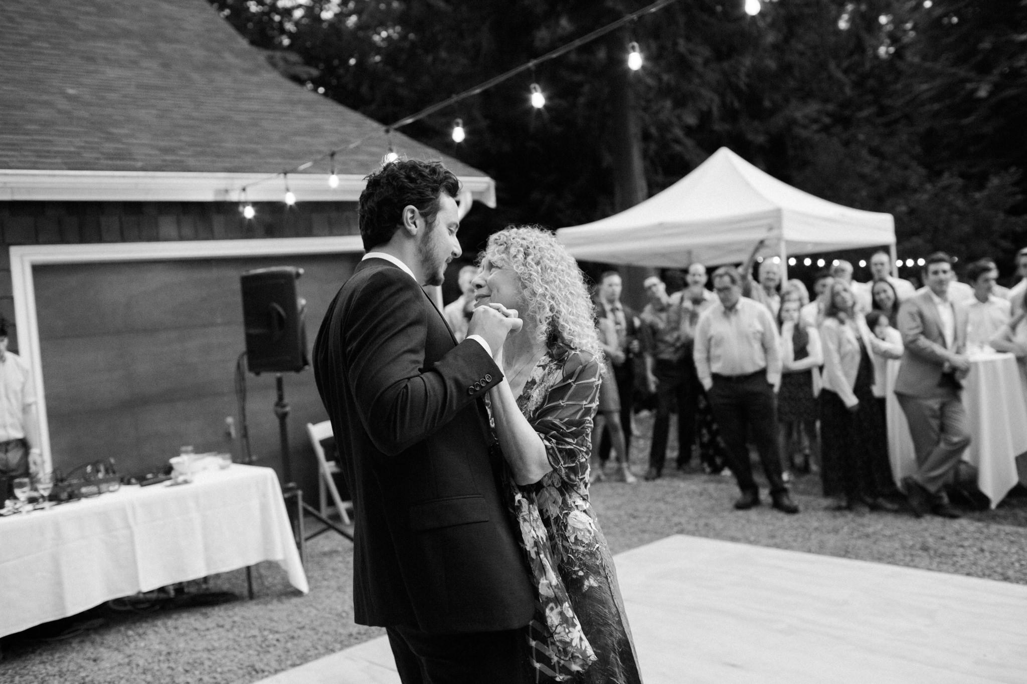 Backyard-Bainbridge-Island-Wedding-Alycia-Lovell-Photography-229.JPG