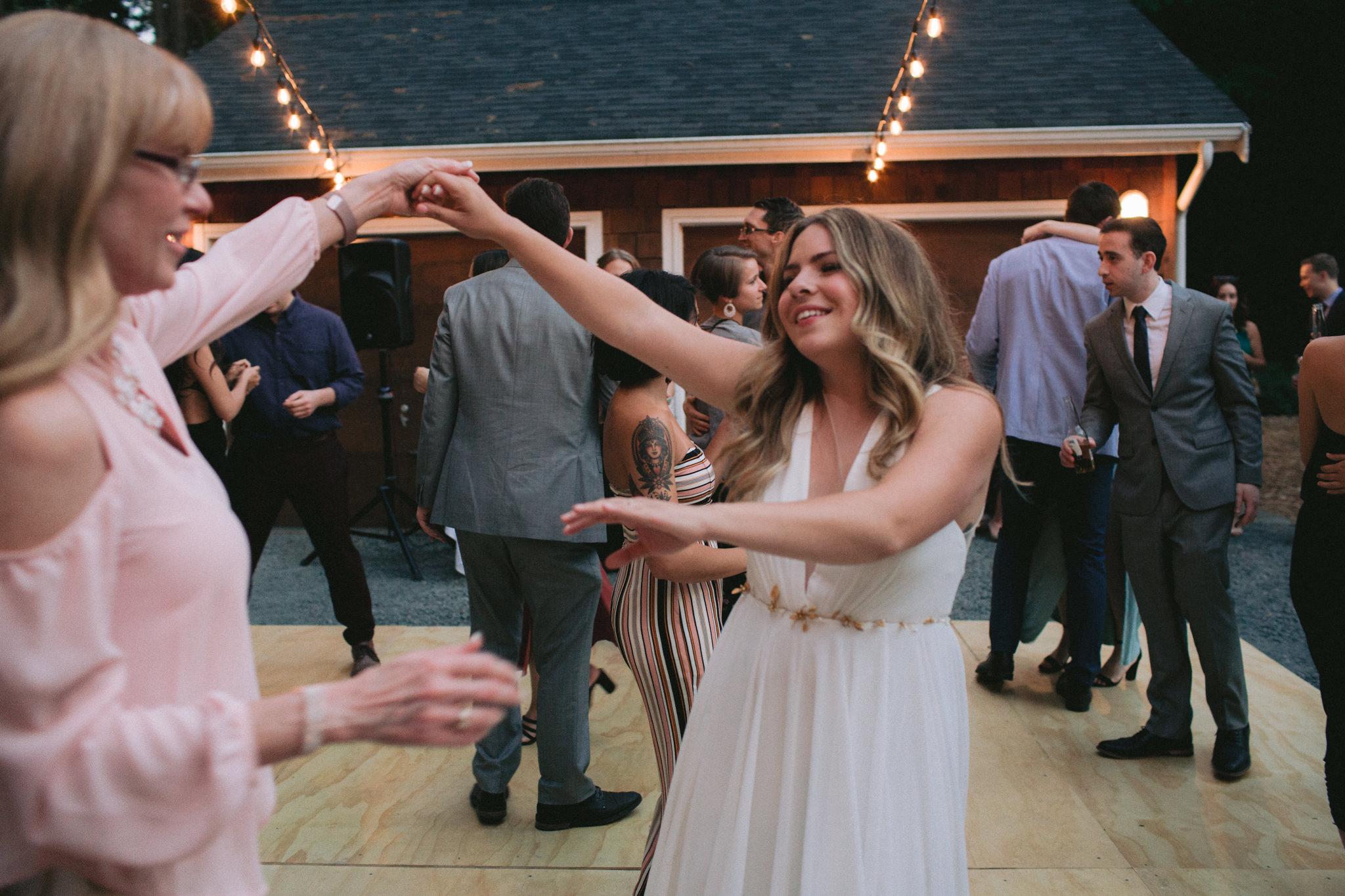 Backyard-Bainbridge-Island-Wedding-Alycia-Lovell-Photography-235.JPG