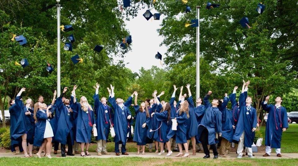 Cap toss Graduation 2018.jpg