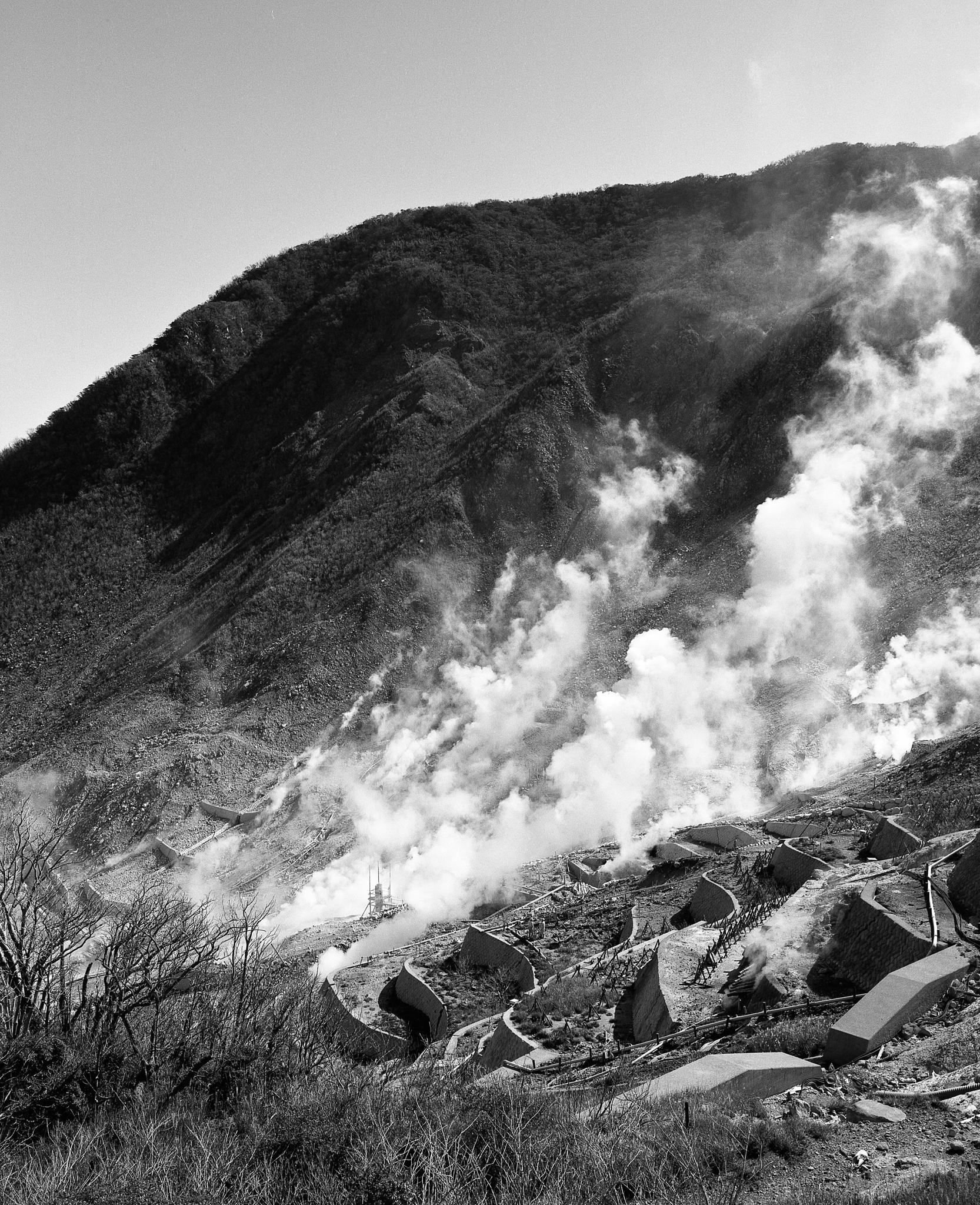 Sulfurous vents in Hakone (Mamiya 7ii Ilford HP5+)