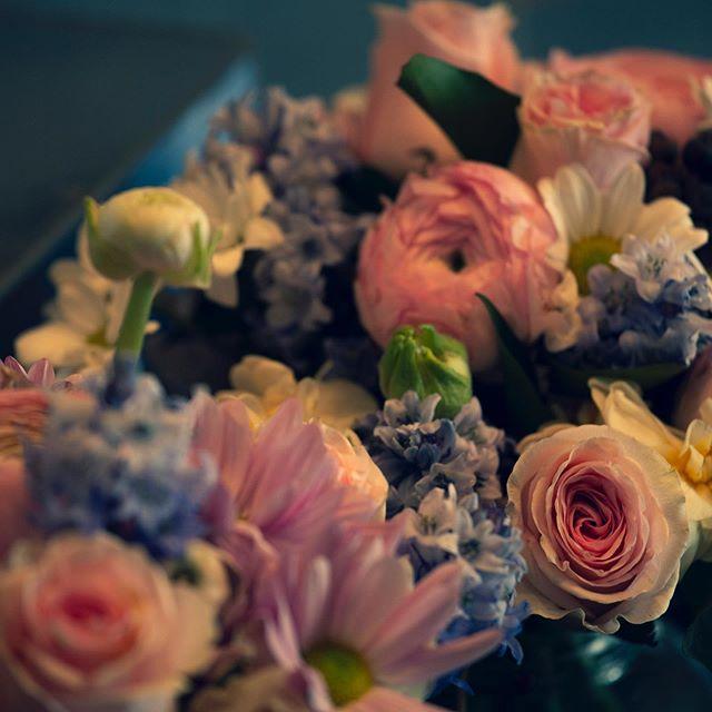 Bluebells , ranunculus , chrysanthemums, jonquils all put together equals pretty! #melbourneflorist #panacheflowers #flowers #floristmelbourne #melbourneflowers