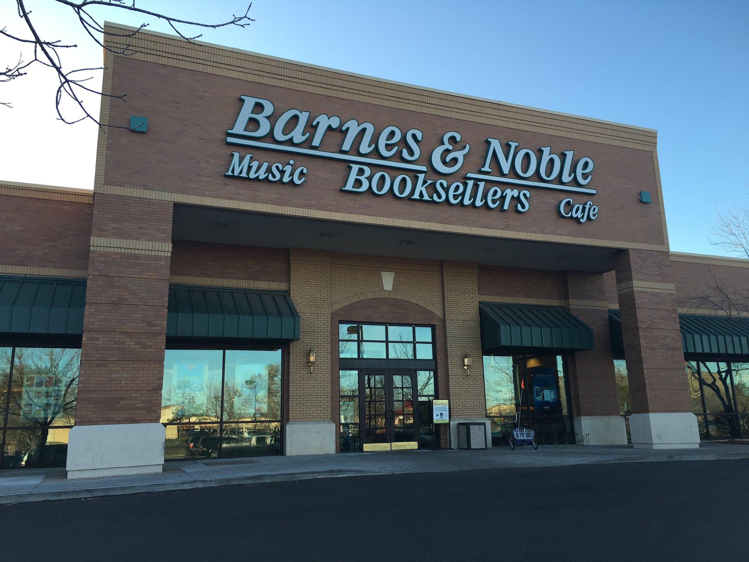 Barnes & Noble Feb 25, 2016  (2).JPG