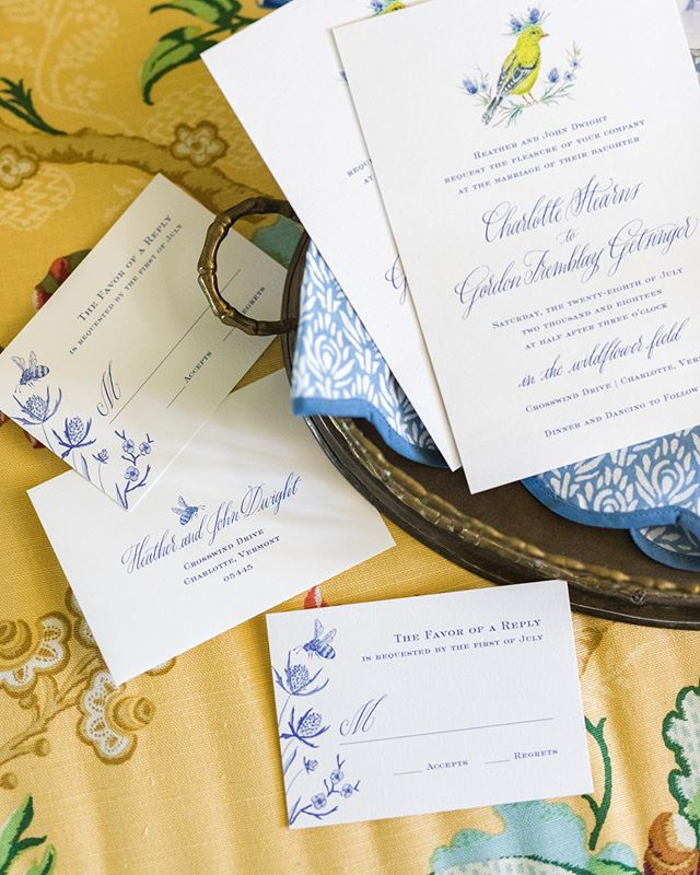 Monday calls for some happy colors. Blue, white and yellow is quite nostalgic to me. My childhood bedroom was Laura Ashley wallpaper in these colors. I so much enjoyed creating this suite for a wedding in a wildflower field of Connecticut. The little bee on the response card is a favorite detail. Happy anniversary to this couple who celebrated one year this past weekend. 💙🐝💙 . . . #illustrator #handdrawn #artistofinstagram #weddingstationery #prettyweddinginvitations #weddingprogram #uniquesavethedates #invitationsuite #weddingpaper #weddingcalligraphy #weddinginspiration #dailydoseofpaper #ihavethisthingwithcolor #flashesofdelight #paperlove #makersmovement #acolorstory #abeautifulmess #pursuepretty #happysquares #smploves #sendmoremail #snailmail #southerndesign #designlove