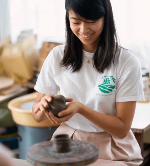 Pottery-min.PNG