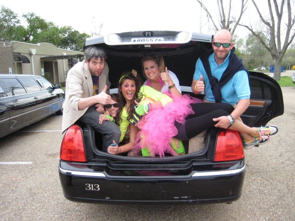 Limousine scavenger hunt - clever and challenging tasks make this event unforgettable